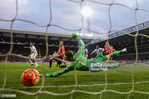 Salomon Rondon of West Bromwich Albion scores the opening goal during the Barclays Premier League match between West Bromwich Albion and Manchester...