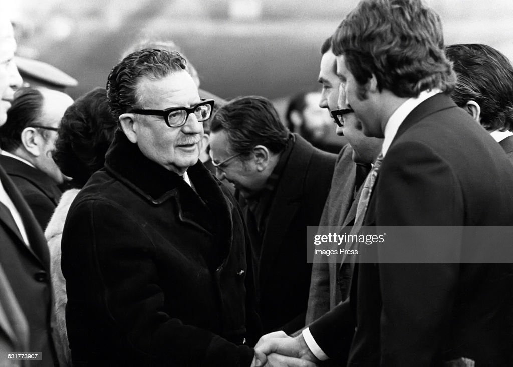 <a gi-track='captionPersonalityLinkClicked' href=/galleries/search?phrase=Salvador+Allende&family=editorial&specificpeople=220786 ng-click='$event.stopPropagation()'>Salvador Allende</a>, President of Chile circa 1972.