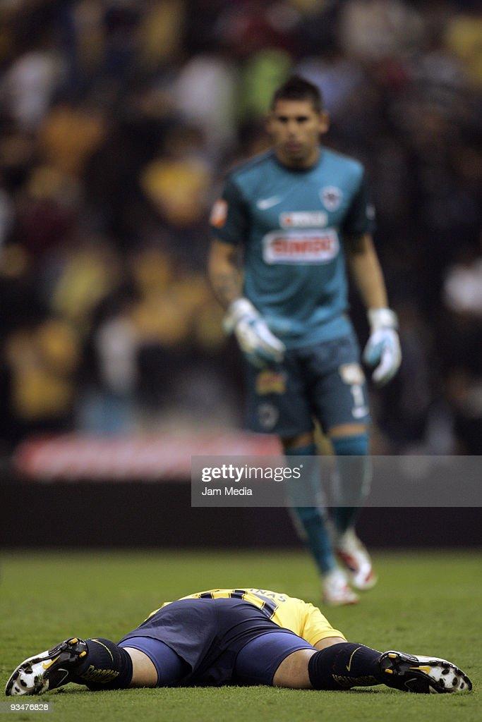 Aguilas del America v Rayados de Monterrey - Apertura 2009 Quarterfinals