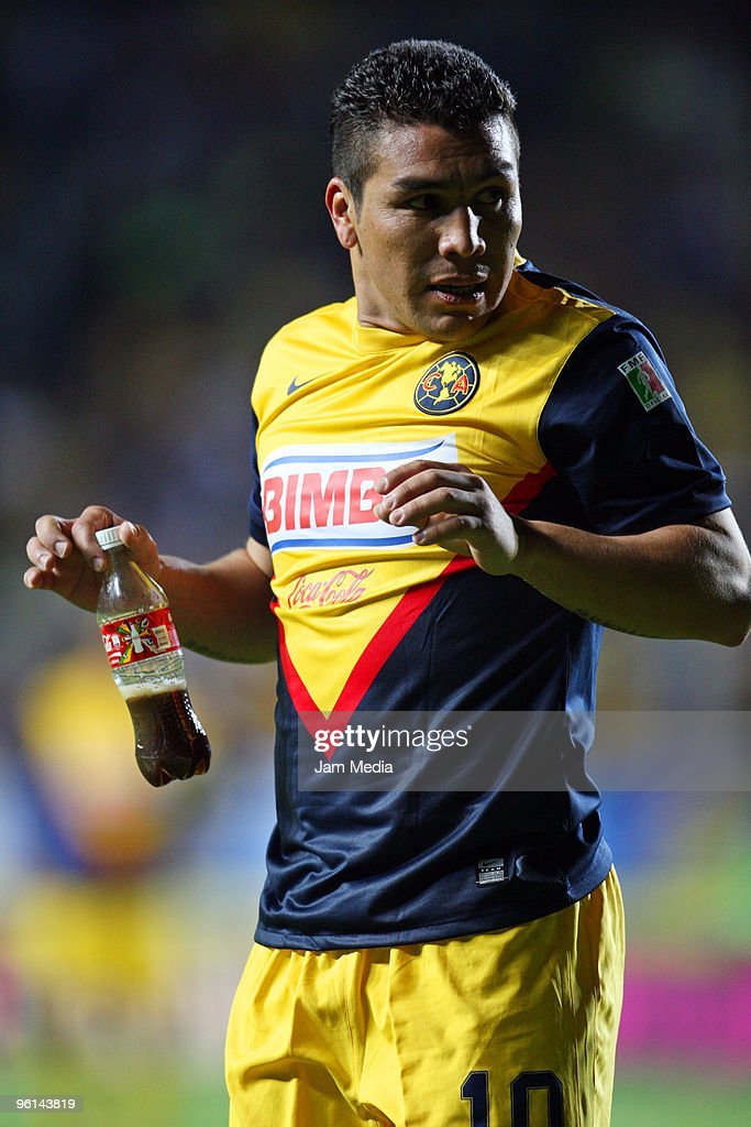 Salvador Cabanas of America reacts during their match against Morelia as part of the 2010 Bicentenary Tournament in the Mexican Football League at the Morelos Stadium on January 23, 2010 in Mexico City, Mexico.