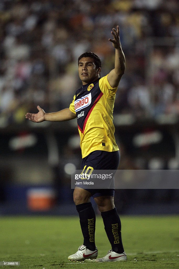 Pachuca v Aguilas del America - Apertura 2009
