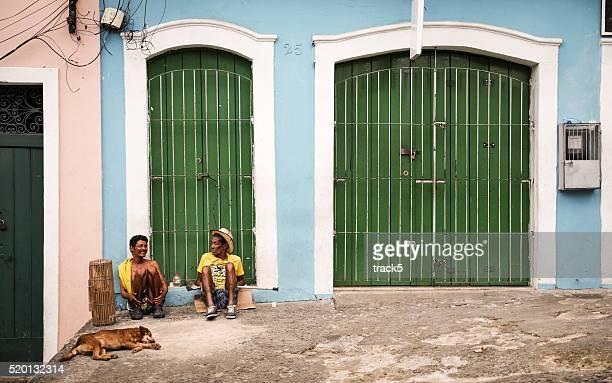 Salvador Freunden entspannen