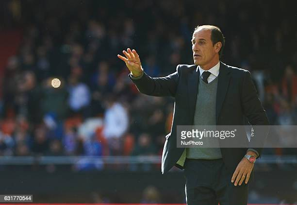 Salvador Gonzalez Voro head coach of Valencia CF during the La Liga match between Valencia CF vs RCD Espanyol at Mestalla Stadium on January 15 2017...