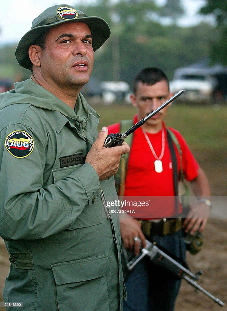Colombian Paramilitaries Prepare To Hand Over Weapons Photos And - Departments of colombia 2004