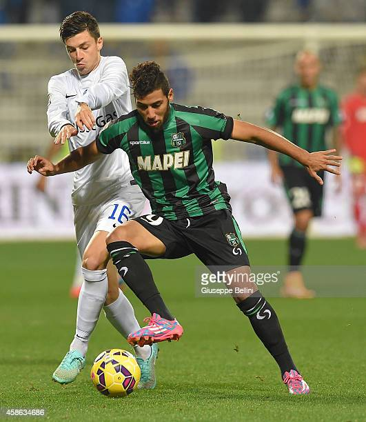 OVEMBER 08 Salvatore Molina of Atalanta and Saphir Taider of Sassuolo in action during the Serie A match between US Sassuolo Calcio and Atalanta BC...