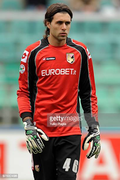 Salvatore Sirigu goalkeeper of Palermo looks on during the Serie A match between US Citta di Palermo and AS Livorno Calcio at Stadio Renzo Barbera on...