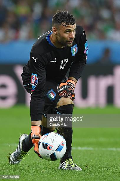 Salvatore Sirigu of Italy in action during the UEFA EURO 2016 Group E match between Italy and Republic of Ireland at Stade PierreMauroy on June 22...