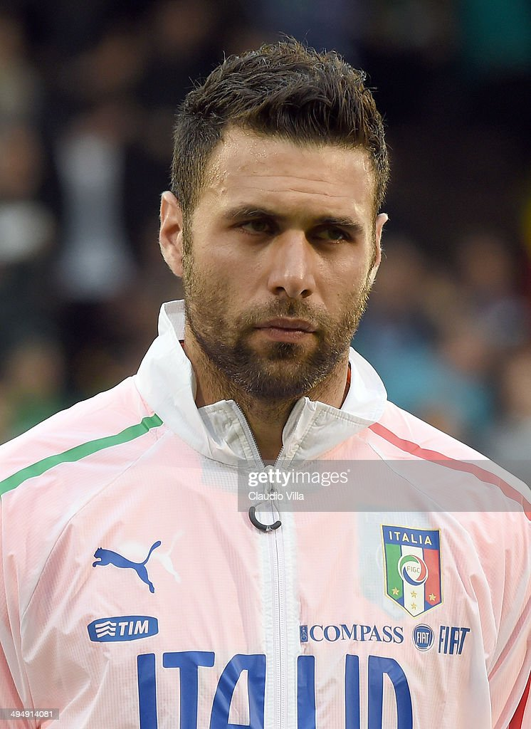 Salvatore Sirigu of Italy looks on prior to the International Friendly match between Italy and Ireland at Craven Cottage on May 31, 2014 in London, England.