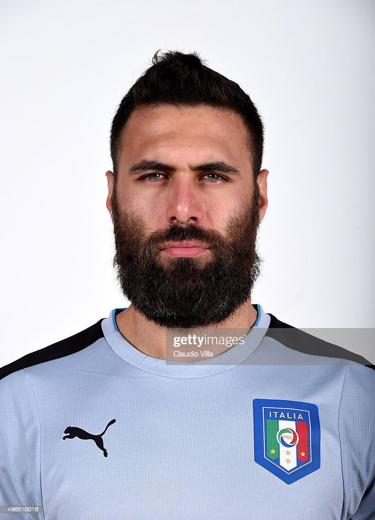 <a gi-track='captionPersonalityLinkClicked' href=/galleries/search?phrase=Salvatore+Sirigu&family=editorial&specificpeople=5969515 ng-click='$event.stopPropagation()'>Salvatore Sirigu</a> of Italy poses during the official portrait session at Coverciano on November 10, 2015 in Florence, Italy.