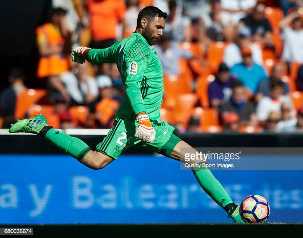Salvatore Sirigu of Osasuna in action during the La Liga match between Valencia CF and CA Osasuna at Mestalla Stadium on May 7 2017 in Valencia Spain