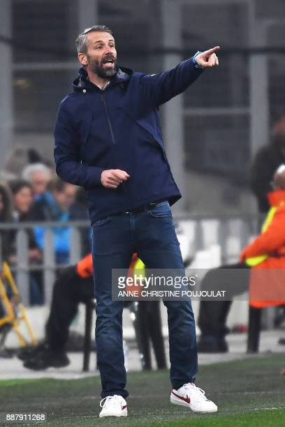 Salzburg's coach Marco Rose gives his instructions during the UEFA Europa League group I football match Marseille vs Salzburg on Décember 07 2017 at...