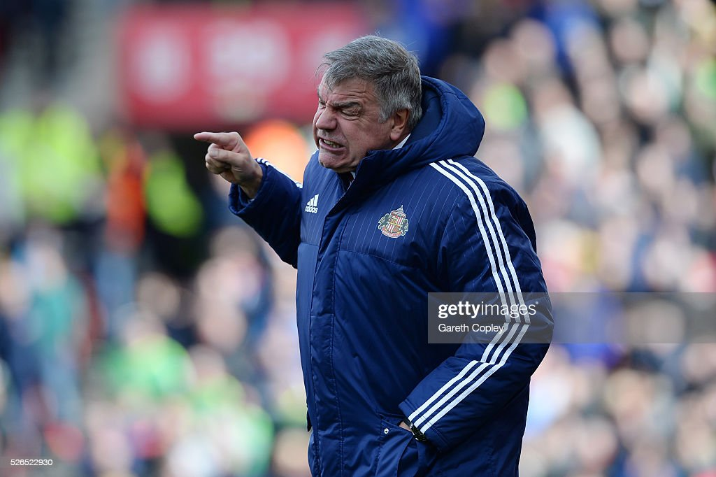 Sam Allardyce, manager of Sunderland gestures during the Barclays Premier League match between Stoke City and Sunderland at the Britannia Stadium on April 30, 2016 in Stoke on Trent, England.