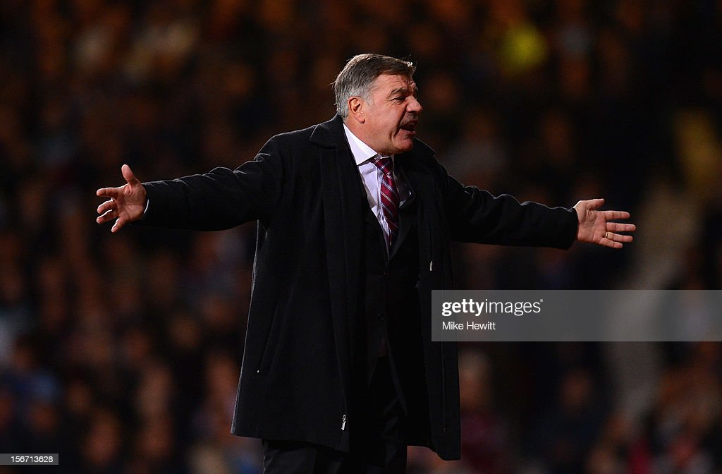 Sam Allardyce, manager of West Ham United shows his frustration during the Barclays Premier League match between West Ham United and Stoke City at the Boleyn Ground on November 19, 2012 in London, England.