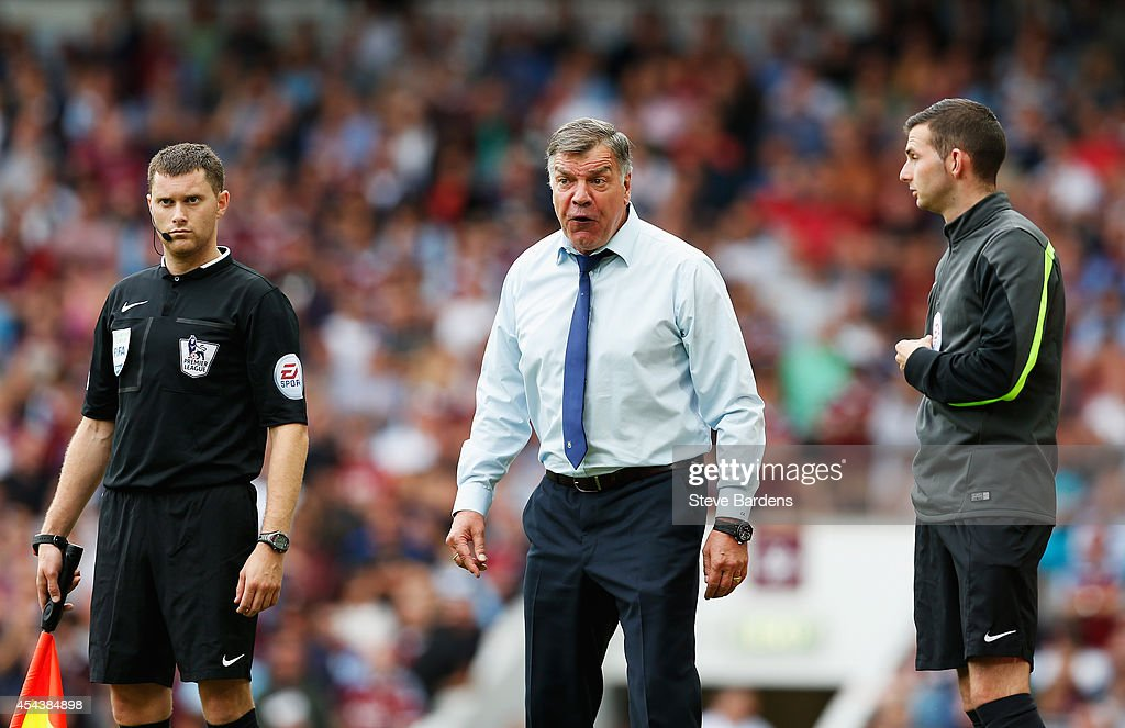 Sam Allardyce, manager of West Ham United shows his frustration during the Barclays Premier League match between West Ham United and Southampton at Boleyn Ground on August 30, 2014 in London, England.