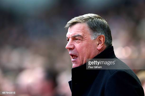 Sam Allardyce the West Ham manager looks on during the Barclays Premier League match between West Ham United and Tottenham Hotspur at Boleyn Ground...