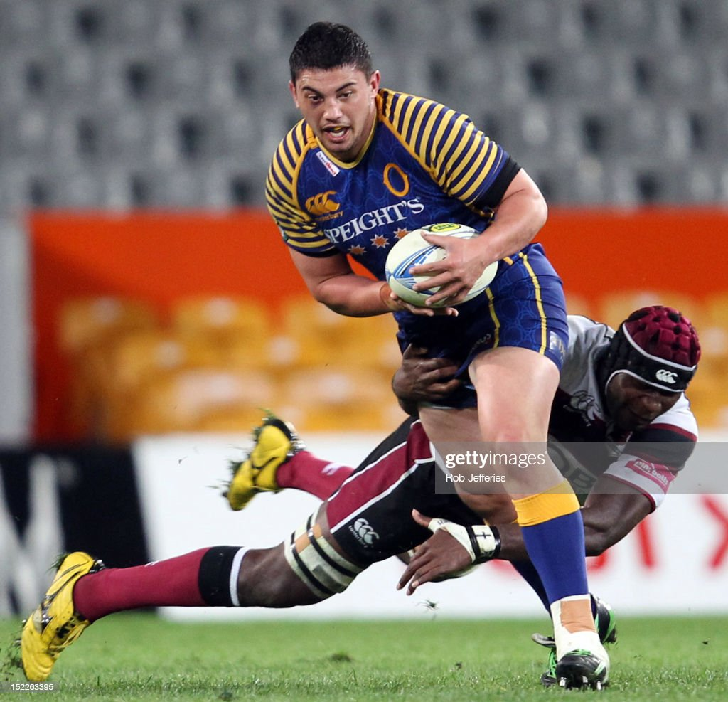 Sam Anderson-Heather on the charge for Otago during the round eight ITM Cup match between Otago and North Harbour at Forsyth Barr Stadium on September 18, 2012 in Dunedin, New Zealand.