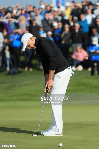 Sam Brazel of Australia reacts to a missed putt on the 6th green during the final match between Denmark and Australia during day two of GolfSixes at...