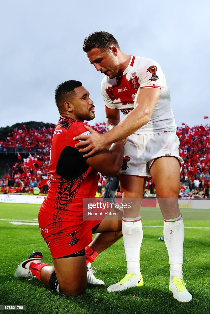 Sam Burgess thanks Silvia Havili of Tonga after winning the 2017 Rugby League World Cup Semi Final match between Tonga and England at Mt Smart Stadium on November 25, 2017 in Auckland, New Zealand.