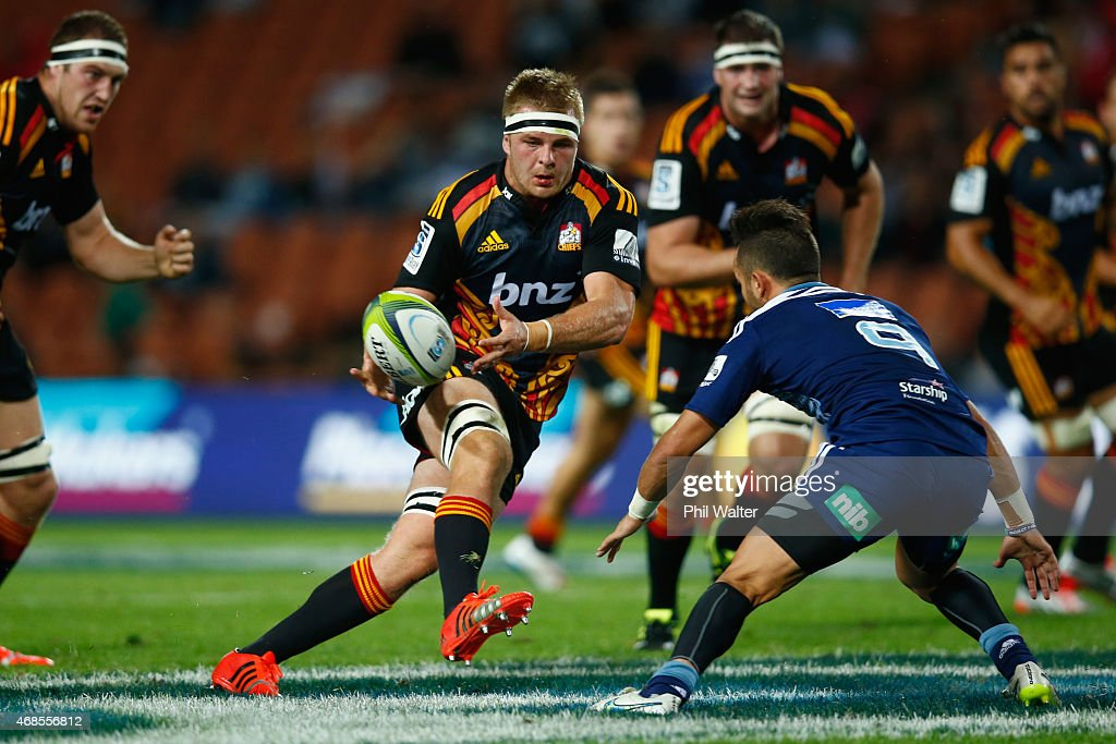 Sam Cane of the Chiefs makes a break during the round eight Super Rugby match between the Chiefs and the Bulls at Waikato Stadium on April 4 2015 in...