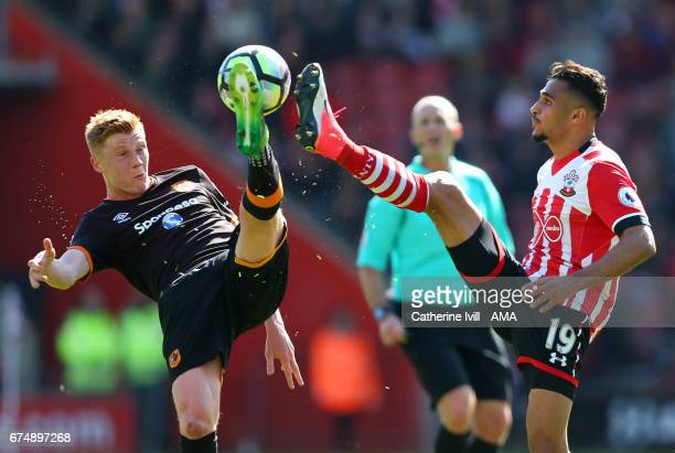 Sam Clucas of Hull City and Sofiane Boufal of Southampton during the Premier League match between Southampton and Hull City at St Mary's Stadium on...