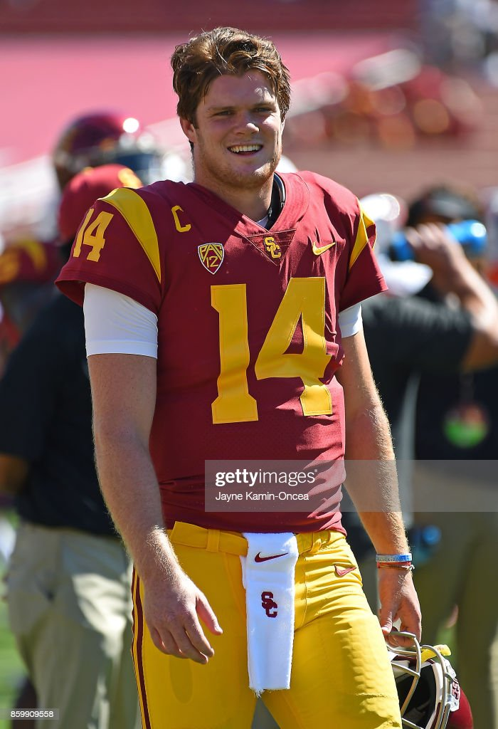 Sam Darnold #14 quarterback of the USC Trojans warms up before the game Oregon State Beavers at Los Angeles Memorial Coliseum on October 7, 2017 in Los Angeles, California.