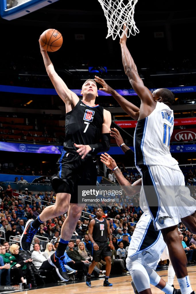 Sam Dekker #7 of the LA Clippers shoots a lay-up against the Orlando Magic on December 13, 2017 at Amway Center in Orlando, Florida.