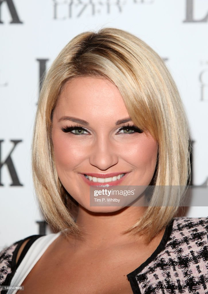 <a gi-track='captionPersonalityLinkClicked' href=/galleries/search?phrase=Sam+Faiers&family=editorial&specificpeople=7324872 ng-click='$event.stopPropagation()'>Sam Faiers</a> attends the 5th anniversary party of LOOK magazine at One Marylebone on March 1, 2012 in London, England.