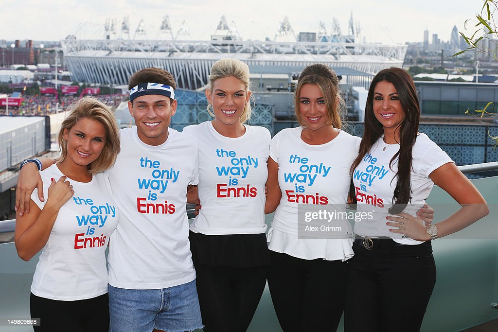 <a gi-track='captionPersonalityLinkClicked' href=/galleries/search?phrase=Sam+Faiers&family=editorial&specificpeople=7324872 ng-click='$event.stopPropagation()'>Sam Faiers</a>, Joey Essex, Frankie Essex, <a gi-track='captionPersonalityLinkClicked' href=/galleries/search?phrase=Lauren+Goodger&family=editorial&specificpeople=7360081 ng-click='$event.stopPropagation()'>Lauren Goodger</a> and Cara Kilbey of 'The only way is Essex' at the adidas Olympic Media Lounge at Westfield Stratford City on August 4, 2012 in London, England.