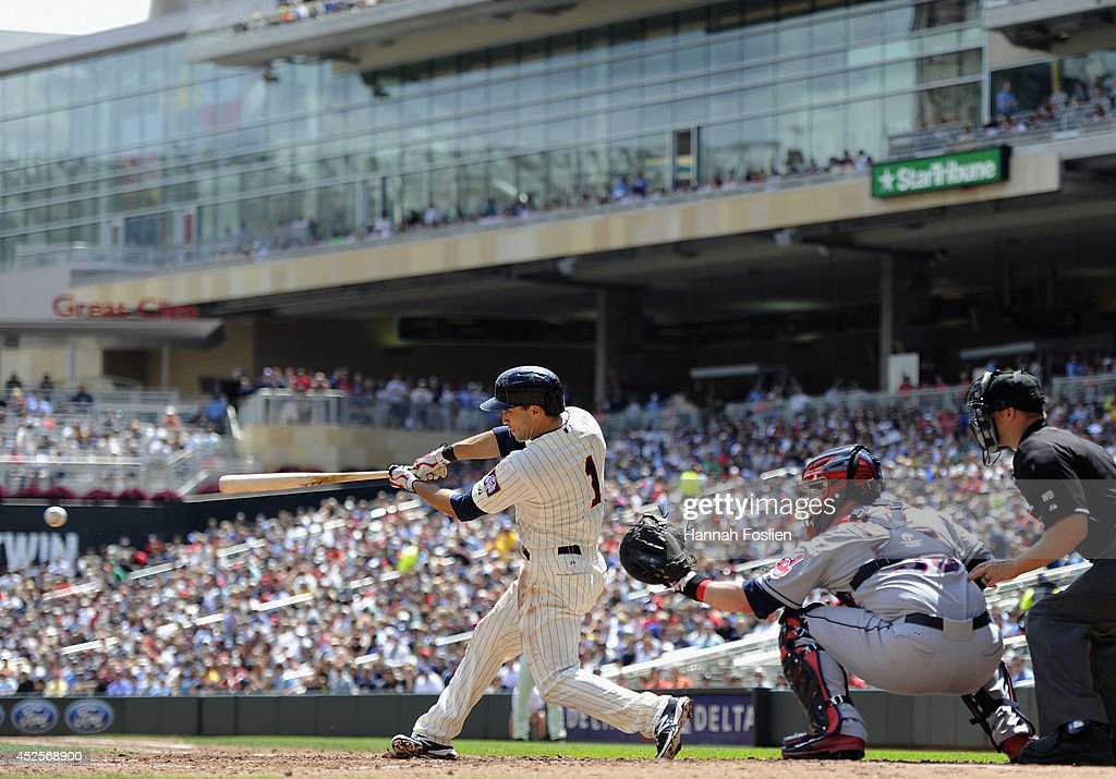 <a gi-track='captionPersonalityLinkClicked' href=/galleries/search?phrase=Sam+Fuld&family=editorial&specificpeople=4505687 ng-click='$event.stopPropagation()'>Sam Fuld</a> #1 of the Minnesota Twins hits an RBI single against the Cleveland Indians during the third inning of the game on July 23, 2014 at Target Field in Minneapolis, Minnesota. The Twins defeated the Indians 3-1.