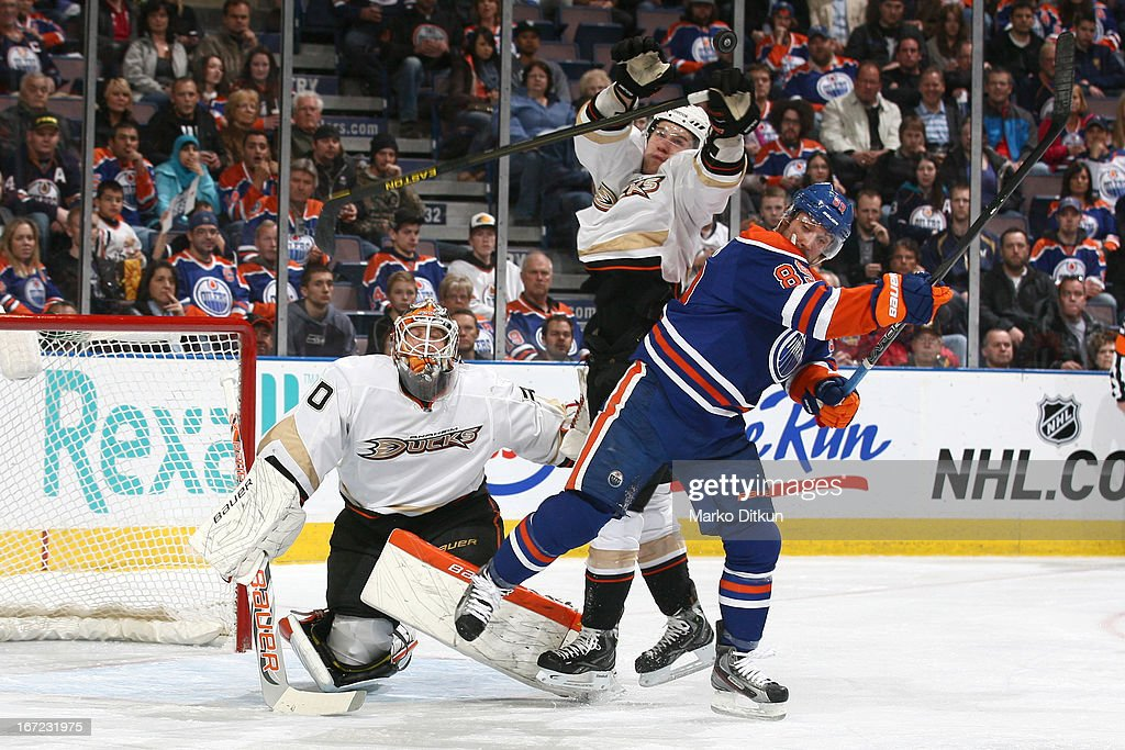 <a gi-track='captionPersonalityLinkClicked' href=/galleries/search?phrase=Sam+Gagner&family=editorial&specificpeople=4042961 ng-click='$event.stopPropagation()'>Sam Gagner</a> #89 of the Edmonton Oilers battles for position in front of the net against player of the Anaheim Ducks on April 22, 2013 at Rexall Place in Edmonton, Alberta, Canada.