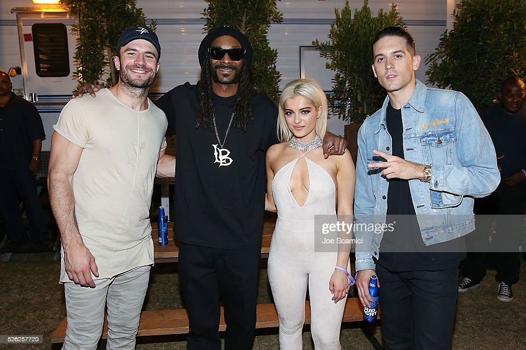 Sam Hunt Snoop Dogg Bebe Rexha and GEazy pose for a photo backstage at Stagecoach 2016 after their Bud Light Music Stage Moment at The Empire Polo...