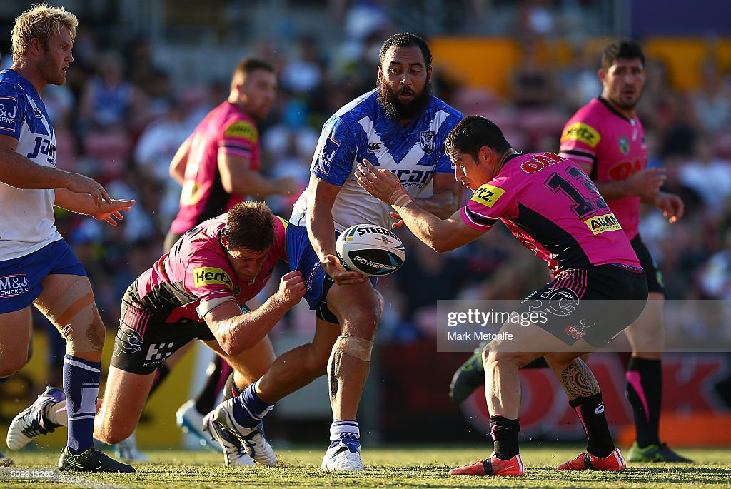 <a gi-track='captionPersonalityLinkClicked' href=/galleries/search?phrase=Sam+Kasiano&family=editorial&specificpeople=7554172 ng-click='$event.stopPropagation()'>Sam Kasiano</a> of the Bulldogs offloads the ball in a tackle during the NRL Trial match between the Canterbury Bulldogs and the Penrith Panthers at Pepper Stadium on February 13, 2016 in Sydney, Australia.