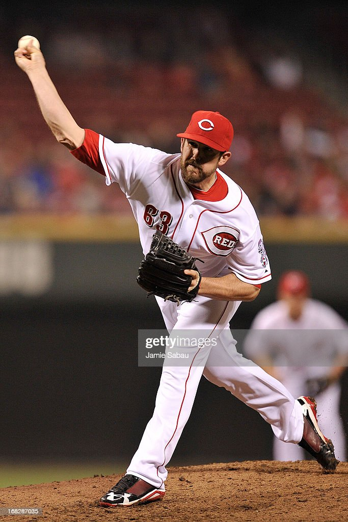 <a gi-track='captionPersonalityLinkClicked' href=/galleries/search?phrase=Sam+LeCure&family=editorial&specificpeople=5745610 ng-click='$event.stopPropagation()'>Sam LeCure</a> #63 of the Cincinnati Reds pitches against the Atlanta Braves at Great American Ball Park on May 7, 2013 in Cincinnati, Ohio. Cincinnati defeated Atlanta 5-4.