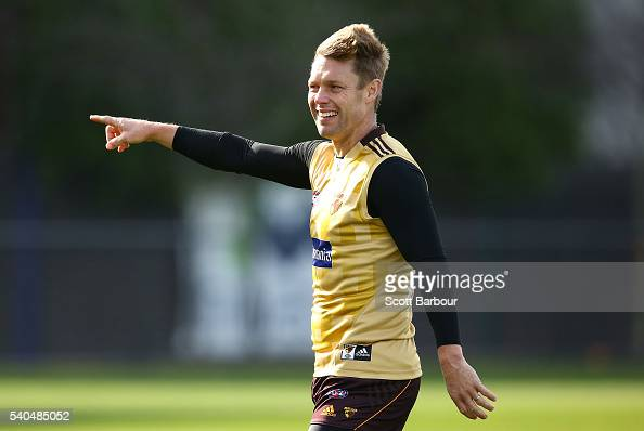 Sam Mitchell of the Hawks points during a Hawthorn Hawks AFL training session at Waverley Park on June 16 2016 in Melbourne Australia