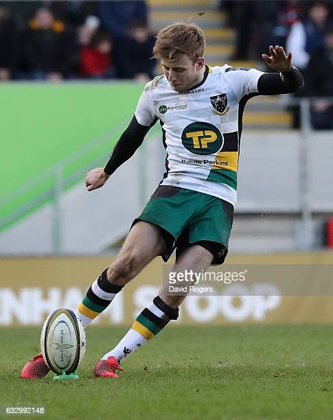 Sam Olver of Northampton kicks a penalty during the AngloWelsh Cup match between Leicester Tigers and Northampton Saints at Welford Road Stadium on...