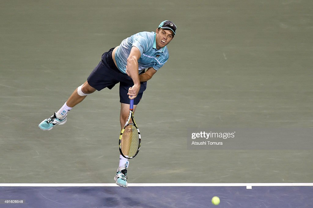 <a gi-track='captionPersonalityLinkClicked' href=/galleries/search?phrase=Sam+Querrey&family=editorial&specificpeople=736491 ng-click='$event.stopPropagation()'>Sam Querrey</a> of USA competes against Kei Nishikori of Japan during the men's singles second round match on day three of Rakuten Open 2015 at Ariake Colosseum on October 7, 2015 in Tokyo, Japan.
