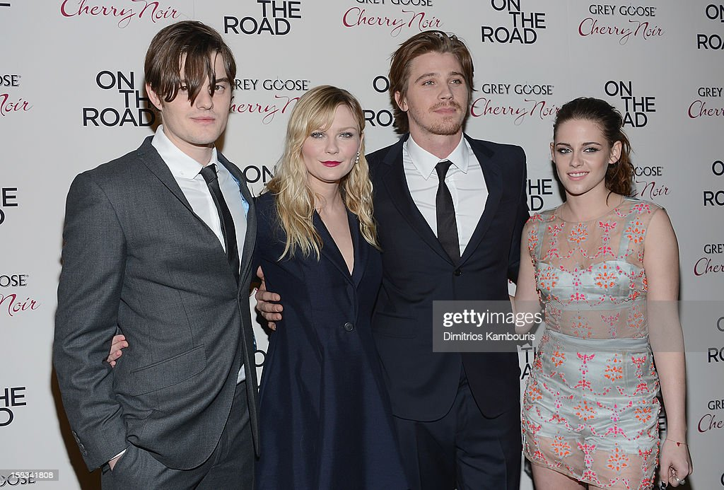 Sam Riley, <a gi-track='captionPersonalityLinkClicked' href=/galleries/search?phrase=Kirsten+Dunst&family=editorial&specificpeople=171590 ng-click='$event.stopPropagation()'>Kirsten Dunst</a>, <a gi-track='captionPersonalityLinkClicked' href=/galleries/search?phrase=Garrett+Hedlund&family=editorial&specificpeople=2290407 ng-click='$event.stopPropagation()'>Garrett Hedlund</a> and <a gi-track='captionPersonalityLinkClicked' href=/galleries/search?phrase=Kristen+Stewart&family=editorial&specificpeople=2166264 ng-click='$event.stopPropagation()'>Kristen Stewart</a> attend the 'On The Road' New York Premiere at SVA Theater on December 13, 2012 in New York City.
