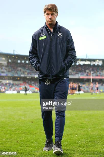 Sam Rowe of the Blues walks to the change rooms with a knee injury after being defeated during the round nine AFL match between the Fremantle Dockers...