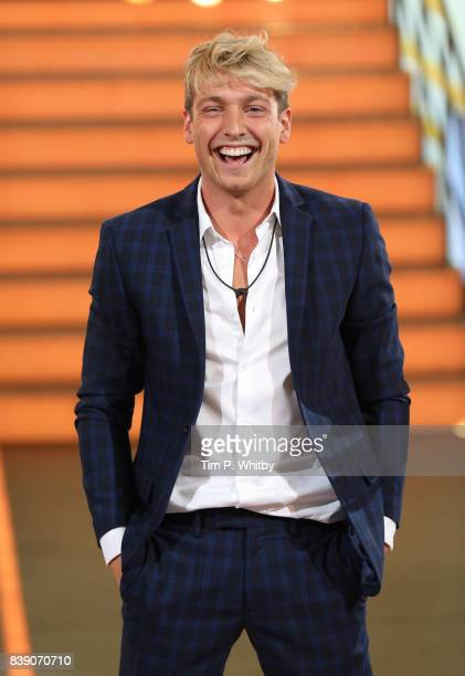 Sam Thompson leaves the house after being evicted during the Celebrity Big Brother Final at Elstree Studios on August 25 2017 in Borehamwood England