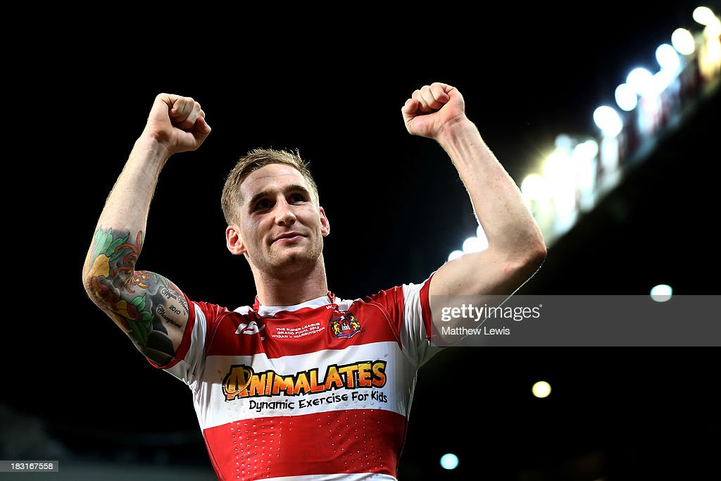 Sam Tomkins of Wigan celebrates following his team's 3016 victory during the Super League Grand Final between Warrington Wolves and Wigan Warriors at...