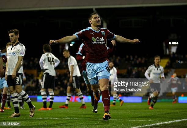 Sam Vokes of Burnley celebrates scoring the first goal during the Sky Bet Championship match between Fulham and Burnley at Craven Cottage on March 8...