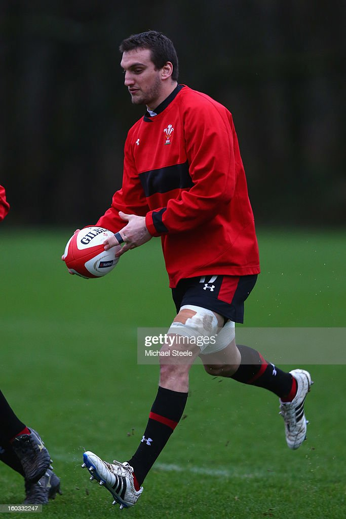<a gi-track='captionPersonalityLinkClicked' href=/galleries/search?phrase=Sam+Warburton+-+Rugby+Player&family=editorial&specificpeople=4234449 ng-click='$event.stopPropagation()'>Sam Warburton</a> captain of Wales during the Wales training session at Vale Resort on January 29, 2013 in Cardiff, Wales.