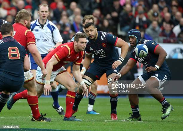 Sam Warburton of Wales Damien Chouly and Eddy Ben Arous of France in action during the RBS 6 Nations rugby match between France and Wales at Stade de...