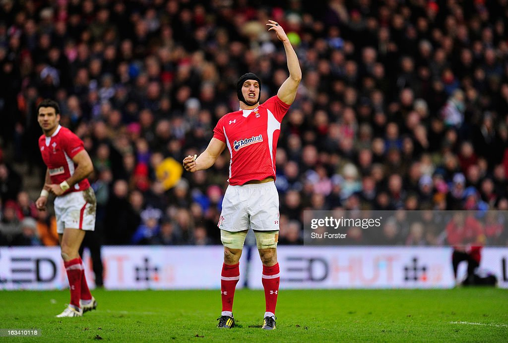 <a gi-track='captionPersonalityLinkClicked' href=/galleries/search?phrase=Sam+Warburton+-+Rugby+Player&family=editorial&specificpeople=4234449 ng-click='$event.stopPropagation()'>Sam Warburton</a> of Wales gestures during the RBS Six Nations match between Scotland and Wales at Murrayfield Stadium on March 9, 2013 in Edinburgh, Scotland.