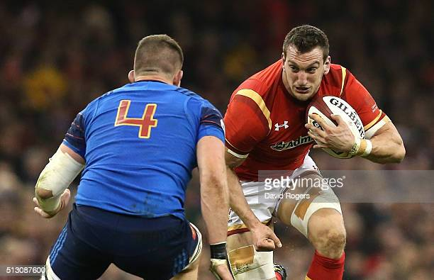 Sam Warburton of Wales takes on Paul Jedrasiak during the RBS Six Nations match between Wales and France at the Principality Stadium on February 26...