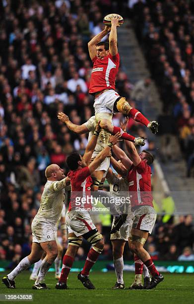 Sam Warburton of Wales wins the lineout ball during the RBS 6 Nations match between England and Wales at Twickenham Stadium on February 25 2012 in...