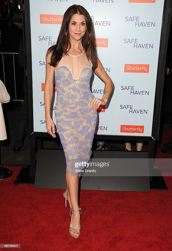 Samantha Harris arrives at the 'Safe Haven' - Los Angeles Premiere at TCL Chinese Theatre on February 5, 2013 in Hollywood, California.