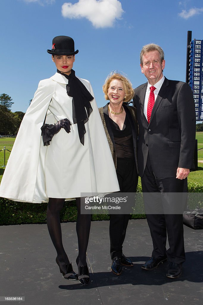 Samantha Harris, <a gi-track='captionPersonalityLinkClicked' href=/galleries/search?phrase=Gai+Waterhouse&family=editorial&specificpeople=239456 ng-click='$event.stopPropagation()'>Gai Waterhouse</a> and Barry O'Farrell at the BMW Sydney Carnival launch at Centennial Park on March 12, 2013 in Sydney, Australia.
