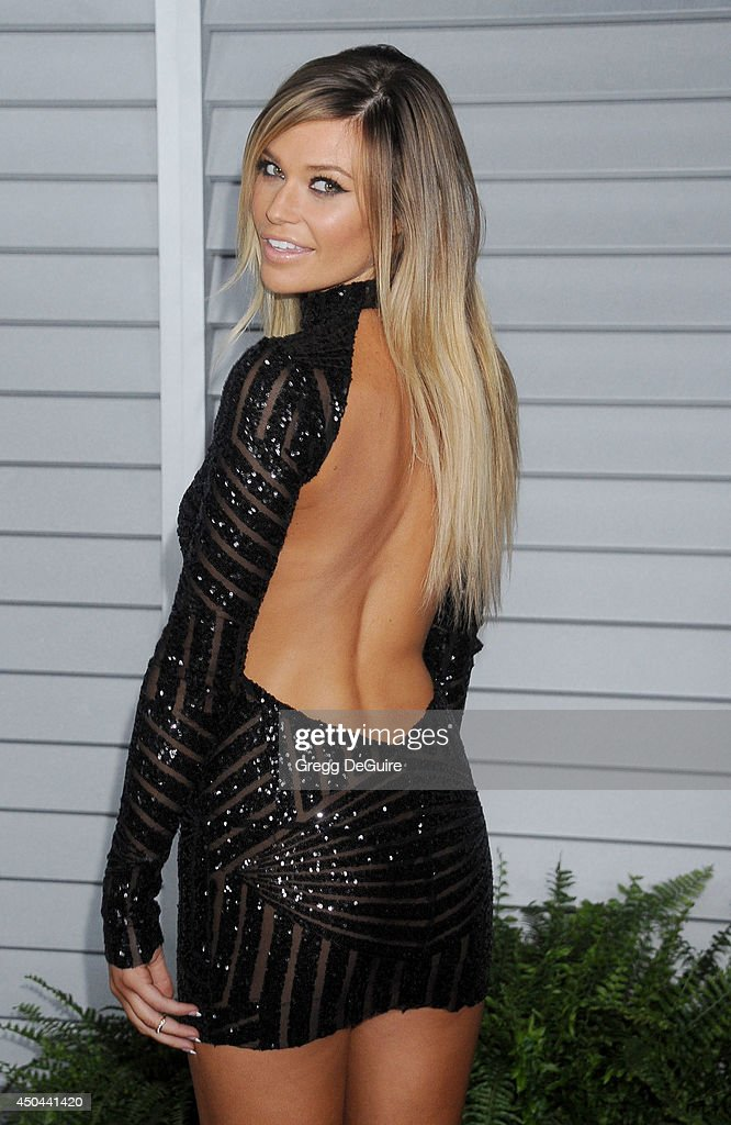 <a gi-track='captionPersonalityLinkClicked' href=/galleries/search?phrase=Samantha+Hoopes&family=editorial&specificpeople=11540983 ng-click='$event.stopPropagation()'>Samantha Hoopes</a> arrives at the MAXIM Hot 100 celebration event at Pacific Design Center on June 10, 2014 in West Hollywood, California.