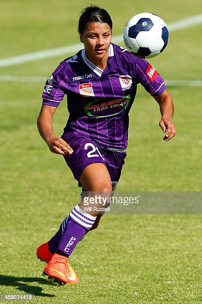 Samantha Kerr of the Glory controls the ball during the round 10 WLeague match between Perth and Western Sydney at Ashfield Sports Club on November...